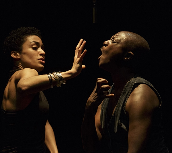 Bailarina franco-senegalesa de danza urbana en Providencia