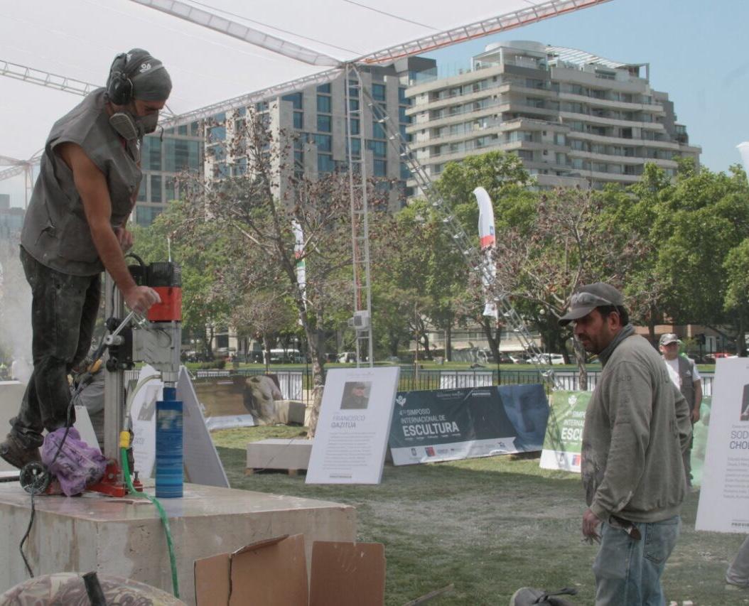 Comenz el simposio internacional de escultura fundaci n for Concepto de marmol
