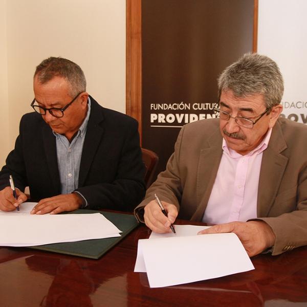 Firma de convenio con Sociedad de Escritores de Chile