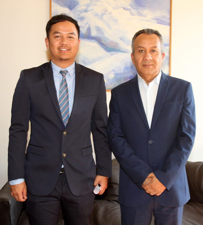 Manuel Ahumada con Gilang Gumilar