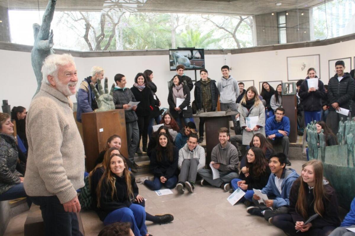 Mario Irarrázabal realiza charla a estudiantes