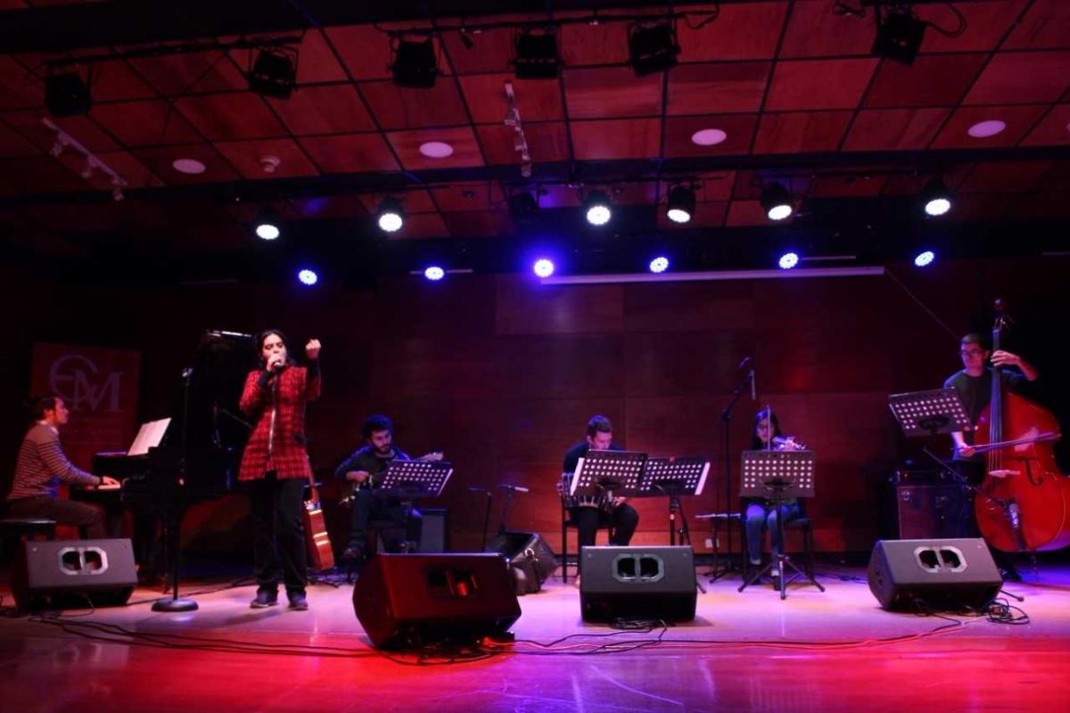 15 Orquesta de Tango Escuela Moderna