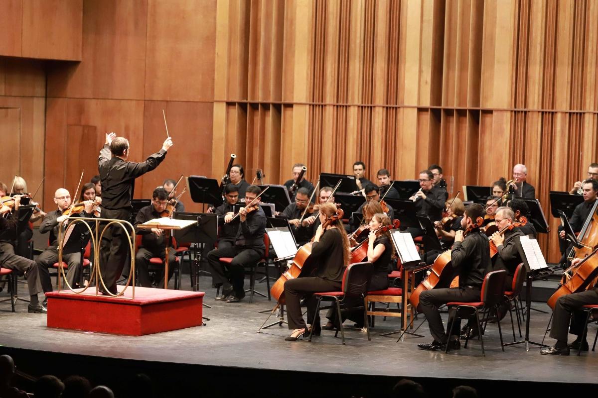 orquesta-filarmónica-de-stgo-1-(1)